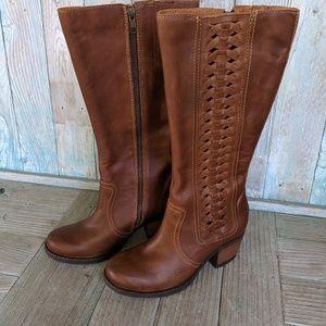 NWOB Born Ochoa Leather Boots